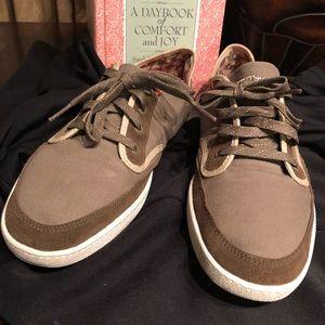 Tretorn Women Brown Comfort Tie Up Shoes sz8